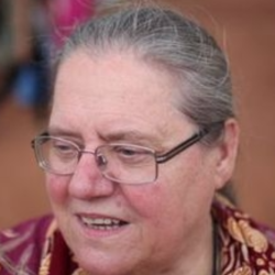 dr Helena Pyz